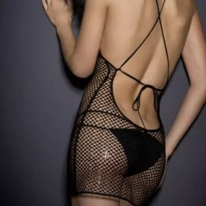 NWT AGENT PROVOCATEUR TEXAS COVER UP BLACK